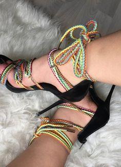 Kup mój przedmiot na #vintedpl http://www.vinted.pl/damskie-obuwie/na-wysokim-obcasie/18789461-szpilki-sznurowane-multikolorowe-37-na-impreze-letnie-sandaly