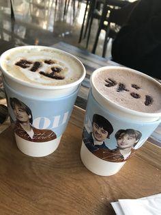 Exo Birthdays, Kaisoo, Army, Kpop, Eat, Coffee, Celebrities, Tableware, Gi Joe