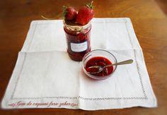 strawberry jam, no added sugar Diet Desserts, Paleo Dessert, Dessert Recipes, Paleo Vegan Diet, Vegetarian Paleo, Strawberry Compote, Strawberry Jam, Paleo Desert Recipes, Healthy Sweets