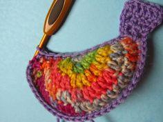 fairislerona: Crochet Birds for Easter Crochet Birds, Crochet Necklace, Applique, Coin Purse, Easter, Purses, Crochet Ideas, Crocheting, Diy Ideas
