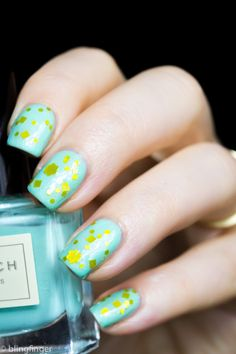 Mint and Yellow. http://www.blingfinger.net/2015/01/mint-polish-obsession.html