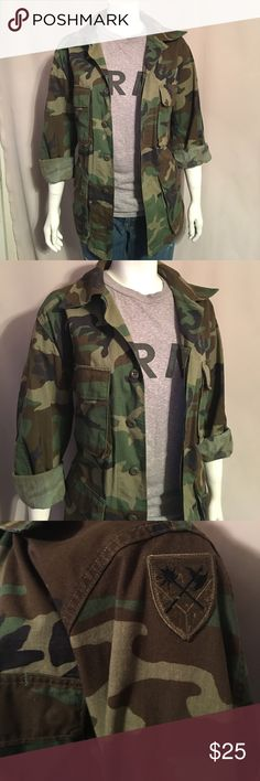 Army issued men's medium camo jacket Army issued men's medium camo jacket Jackets & Coats
