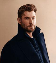 Chris Hemsworth Thor, Australian Actors, People Magazine, Home And Away, Hugo Boss, Sexy Men, Hot Men, Beautiful Men, Hot Guys