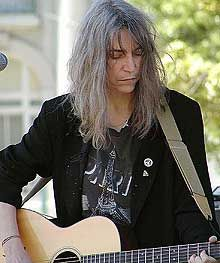 patti smith. I should just make a Patti Smith board already.