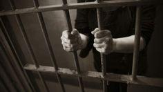 de mensen die gevangen werden genomen door de Duitsers kwamen in cellen terecht