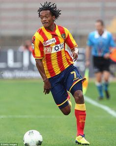 Cuadrado in action for Lecce during his loan spell at the Italian Serie A club from Udines...