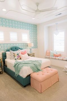 Teenage girl bedrooms decor Adorable bedroom styling ideas for a comfy and dreamy bedroom ideas for teen girls dream rooms Teen girl room suggestion shared on 20181213 Teenage Girl Bedroom Designs, Teenage Bedrooms, Colorful Bedroom Designs, Room Decor Teenage Girl, Girl Room Decor, Colorful Rooms, Disney Bedrooms, Bed Designs, House Of Turquoise