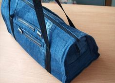 Recycle-Jeans-to-Make-Gym-Bag.jpg (720×521)