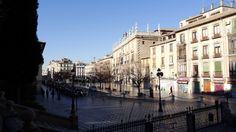 GRANADA | CENTRO | Plaza Nueva, Real Chancillería, río Darro desde Plaza e Iglesia de Santa Ana.