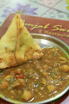 Vegetable Samosa with currie, Indian food  @ Punjab Sweet
