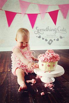 1st birthday CAKE SMASH with Hannah Nina Papiorek Photograohy