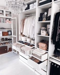Bedroom Closet Design, Master Bedroom Closet, Closet Designs, Bedroom Decor, Dream Home Design, Home Interior Design, House Design, Closet Renovation, Wardrobe Room