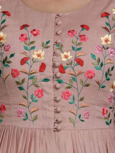 Hand Embroidery Design Patterns, Hand Embroidery Dress, Embroidery On Kurtis, Kurti Embroidery Design, Embroidery On Clothes, Embroidered Clothes, Embroidery Fashion, Hand Embroidery Videos, Neck Designs For Suits