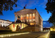 Alte Nationalgalerie abends (Zuschnitt) - Berlin - Wikipedia, the free encyclopedia