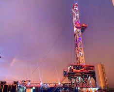 Drilling Rig, Golden Gate Bridge, Rigs, Fair Grounds, Tech, Club, Travel, Wedges, Technology