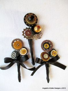 Steampunk Boutonniere set of 3 gears industrial by AngelasArtistic, $36.00 #steampunkwedding