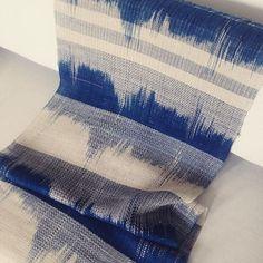 Dat was een heerlijk klusje.. Eerste linnen kasuri probeersel. #linen #weaving…