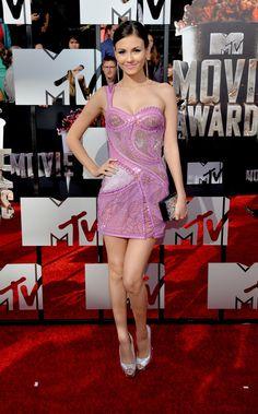 Victoria Justice en los MTV Movie Awards #celebrity #fashion #vivalochic