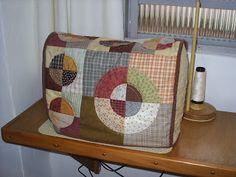 Capa para máquina de costura. By Monica Hering