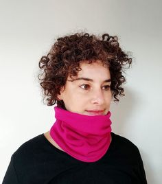 A warm two layers neck gaiter best for outdoor activities and cold climate. Outside layer is a magenta/fuchsia jersey knit fabric and the inside is a beautiful purple/plum jersey knit fabric for extra warmth........................................................................................... #neckwarmer #neckgaiter #winterstyle #pinkscarf #christmasgiftforher #magentascarf #fuchsiacowl #casualstyle #streetwear #casualwinterstyle #giftforher #teenagegirl gift