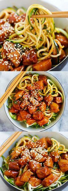 Honey Sriracha Chicken Zucchini Noodles – healthy zoodles with sweet and spicy honey sriracha chicken. So good you want this every day | rasamalaysia.com #chickenfoodrecipes