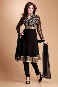 Looking for latest collection of Churidar Suit for women? Buy Churidar Suits & embellished churidar salwar kameez for wedding ceremony online. Shopping patiala churidar dresses at affordable price range by Andaaz Fashion Malaysia. Black Anarkali, Anarkali Churidar, Churidar Suits, Anarkali Dress, Anarkali Suits, Indian Salwar Kameez, Pakistani Suits, Punjabi Suits, Pakistani Dresses