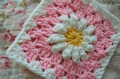 I received a message from a very nice lady named Lynette who is restoring a 58 Shasta trailer and is looking for an afghan for her finished ...