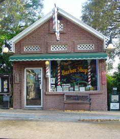 Barber shop, downtown Palm Harbor, FL