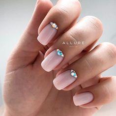 Short Squoval Nails With Rhinestones art designs with rhinestones 36 Amazing Prom Nails Designs - Queen's TOP 2020 Rhinestone Nails, Bling Nails, Red Nails, Hair And Nails, Classy Nails, Cute Nails, Pretty Nails, Simple Nails, Acrylic Nail Designs