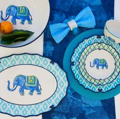 Vibrant colors, bold patterns and charming elephants set a cheerful tone for casual meals. Beyond The Sea, Scalloped Edge, Place Settings, Kitchen Designs, Elephants, Tablescapes, Dinnerware, Stoneware, Beach House