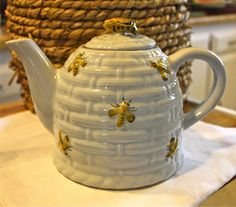 Beehive Teapot from Susan Branch