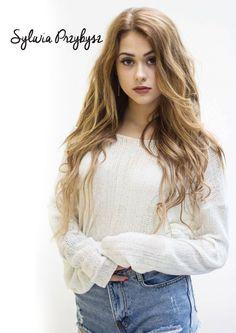 Plakat B1 Sylwia Przybysz z autografem