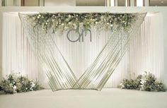 Elegant backdrop Wedding Reception Backdrop, Wedding Stage Decorations, Backdrop Decorations, Ceremony Backdrop, Bridal Shower Decorations, Backdrops, Backdrop Ideas, Wedding With Kids, Trendy Wedding