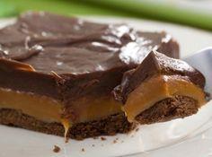 Chocolate Twix de Tabuleiro - Veja como fazer em: http://cybercook.com.br/receita-de-chocolate-twix-de-tabuleiro-r-7-15463.html?pinterest-rec