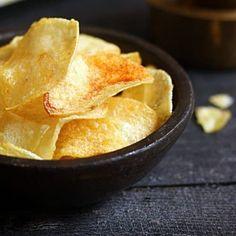 Mawa kachori recipe with step by step photos. learn how to make rich and tasty kachoris with mawa and nuts with this easy recipe. Bhatura Recipe, Kulfi Recipe, Jamun Recipe, Samosa Recipe, Best Potato Chips, Fried Potato Chips, Potato Crisps, Home Made Potato Chips, Pizza