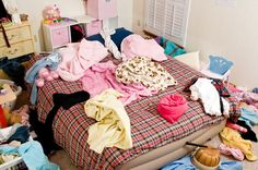 6 Quick Tips to Control Clutter and Stop Hoarding