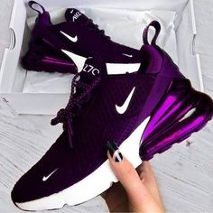 The Amazing Nike Purple Air Max - Workout Clothes - Modetrends Purple Sneakers, Cute Sneakers, Sneakers Nike, Purple Nike Shoes, Wedge Sneakers, Ladies Sneakers, Sneakers Design, Black Shoes, Nike Casual