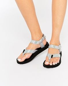 64e8a3b0c10253 Teva Original Toe Post Iridescent Flat Sandals Summer Feet