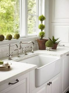 q farmhouse sink stainless steel or cast iron, home decor, kitchen design, Or cast iron