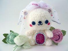 Wedding Bear Bride Amigurumi