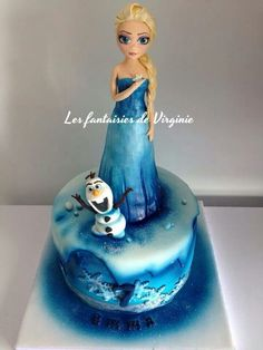 Princess Elsa Cake - For all your cake decorating supplies, please visit craftcompany.co.uk