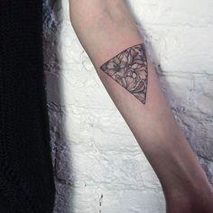 Feminine Tattoo Style Of Ira Shmarinova | Tattoodo.com