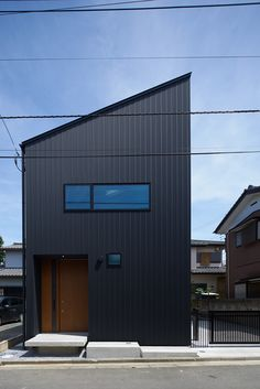 Image 1 of 21 from gallery of House Ageo / KASA Architects. Photograph by Ikunori Yamamoto