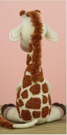 Вязаный жирафик