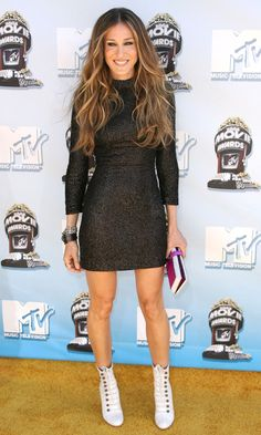 Sarah Jessica Parker Wearing A Figure-Hugging Dress By L'Wren Scott At The MTV Movie Awards, 2008