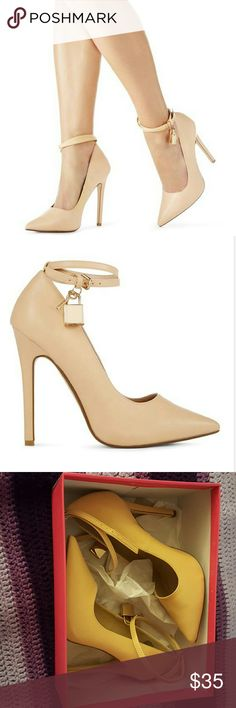 Just Fab Jaslene Nude pump with ankle strap. Like new, no signs of wear Shoes Heels
