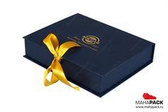 Кашированная коробка-книжка на лентах для подарочного набора под заказ