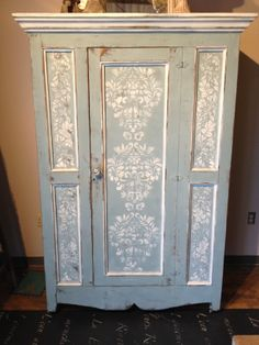 redo your cabinet in chalk paint