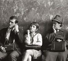 Escuchando, Paris, 1970, de la serie Por amor al arte ; Sara Faccio
