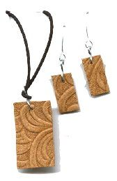 How to make Recycled Belt - Swirls Set Jewelry - DIY Craft Project from Craftbits.com - keychain idea